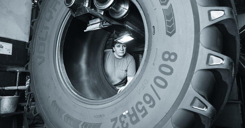 Фотосъемка календаря для АО «ВОЛТАЙР-ПРОМ»