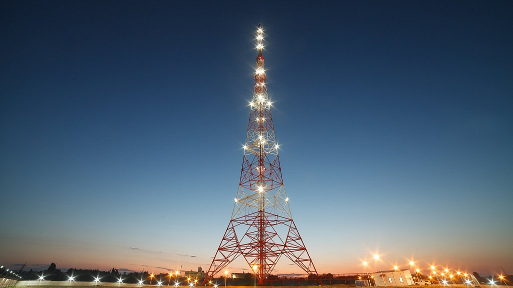 Новая телевизионная башня в Волгограде. Ночная съёмка.